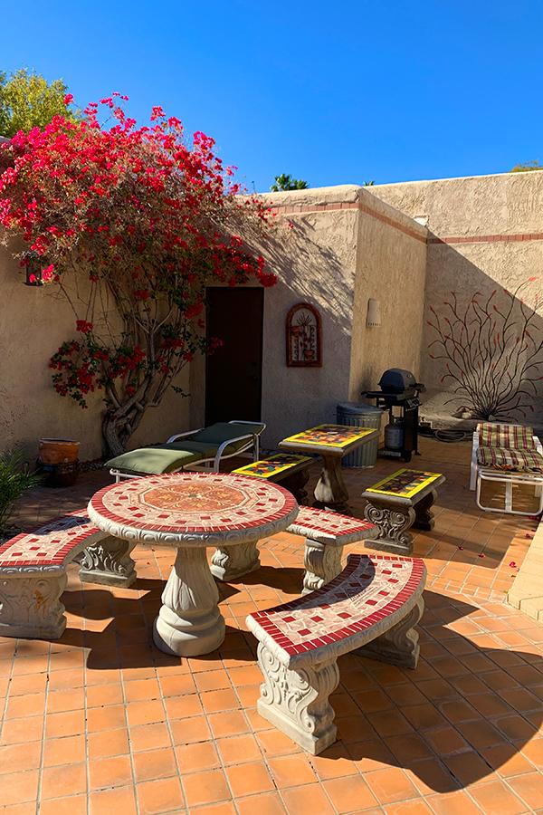 Courtyard Seating Area, Native Desert Sun Golf House, Rams Hill